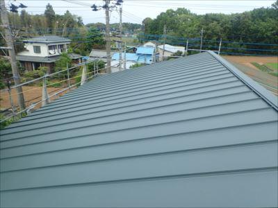 木更津市新宿でプレハブ小屋の屋根葺き替え工事を行いました、施工後写真