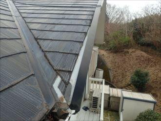 木更津市八幡台で令和元年東日本台風で被害を受けた屋根を、屋根葺き替え工事を行いました、施工前写真