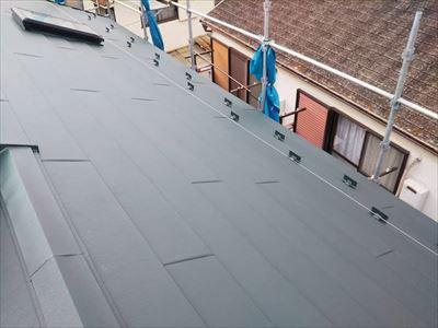 市原市国分寺台「ニチハパミール屋根不具合」金属屋根カバーにてお悩み解決、施工後写真
