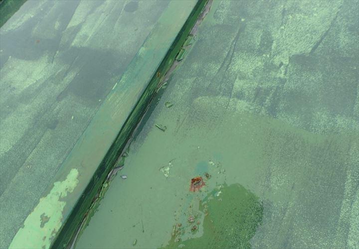 木更津市 屋根材の穴
