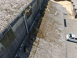 佐倉市飯田で大波スレート屋根の改修工事、リフレアルーフⅡを使用した屋根カバー工事を行いました、施工前写真