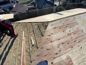東金市 野地板張り作業