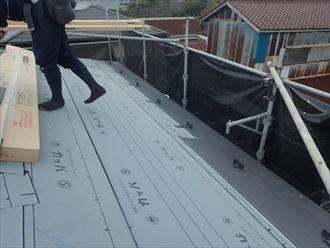 東金市 新規屋根材張り