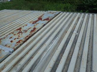 木更津市のプレハブ小屋で雨漏り発生、雨漏り修理で屋根カバー工事を行いました、施工前写真