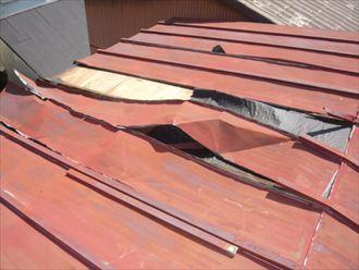 金属屋根のチェックポイントとメンテナンス方法
